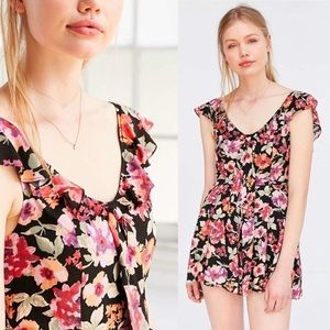 Urban outfitters kimichi blue floral romper